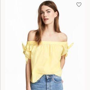 NWOT H&M yellow off shoulder top